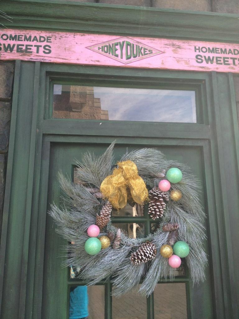 Honeydukes Wreath