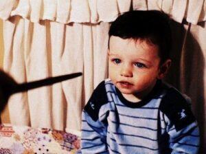 Wand at baby Harry