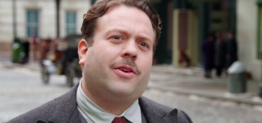 "Dan Fogler plays Jacob Kowalski in the ""Fantastic Beasts"" series."