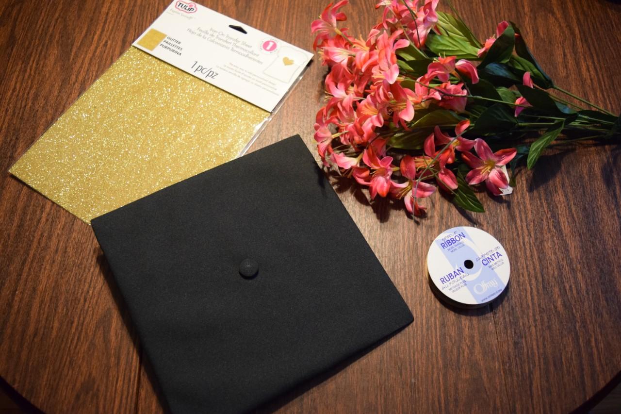 Items needed to make a diy Potter graduation cap