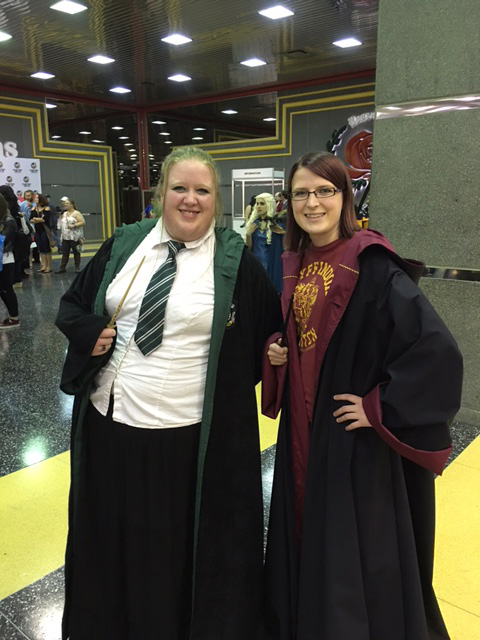 Wizard World Chicago Cosplay Hogwarts Sisters