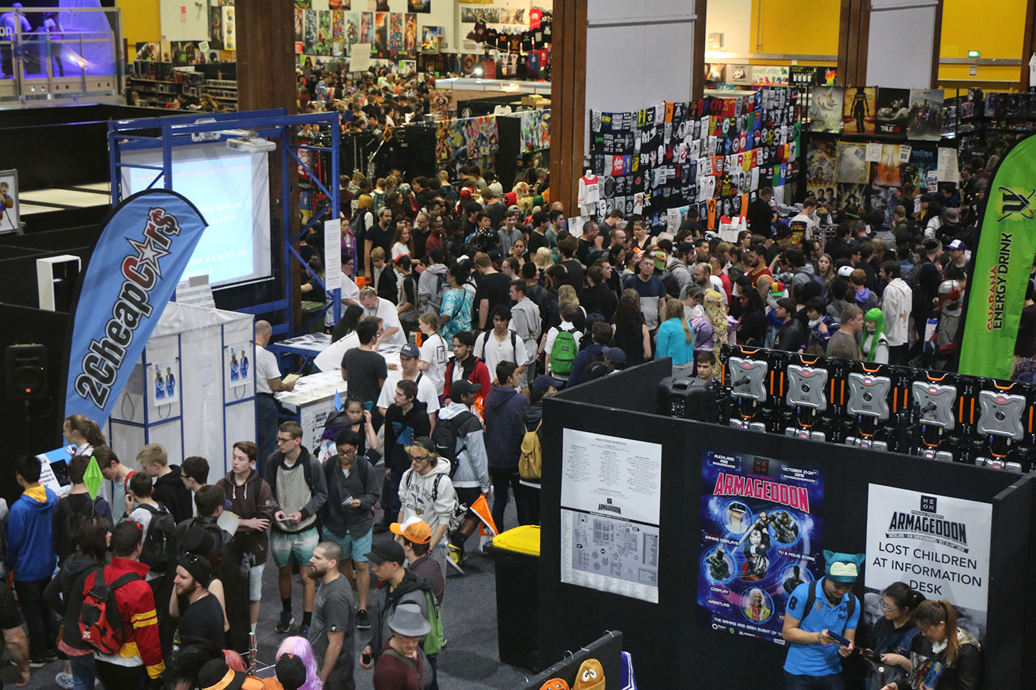 Armageddon Expo 2016 – Auckland – Oct 22 – Exhibit Hall – 3 (Photo credit: Tracey Wong)