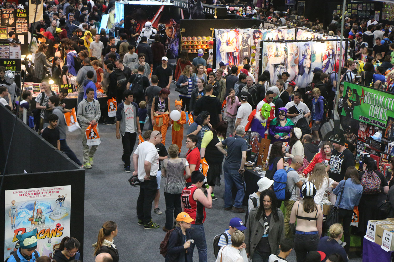 Armageddon Expo 2016 – Auckland – Oct 22 – Exhibit Hall – 4 (Photo credit: Tracey Wong)