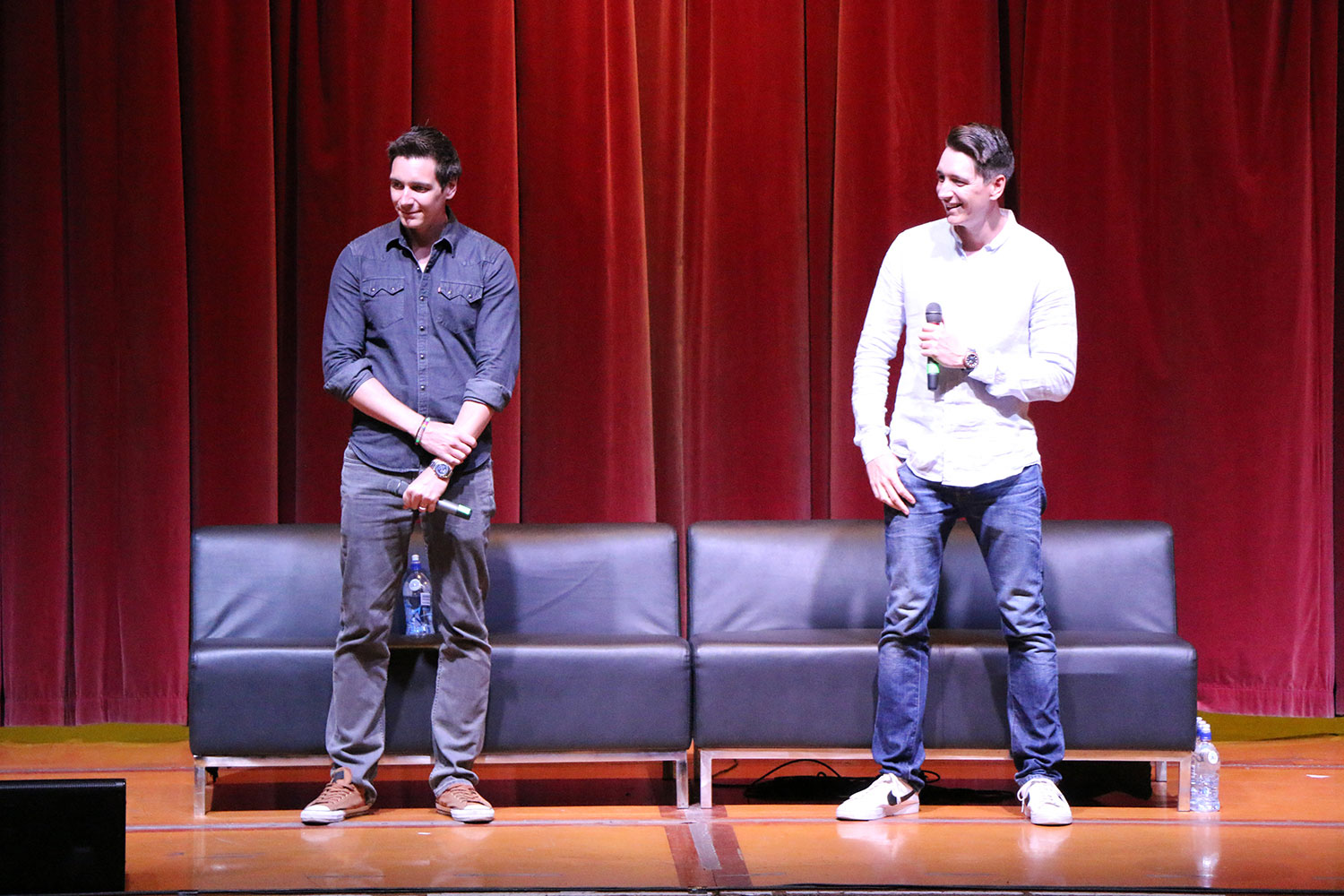 Armageddon Expo 2016 – Auckland – Oct 22 – James and Oliver Phelps Harry Potter Panel – 1 (Photo credit: Tracey Wong)