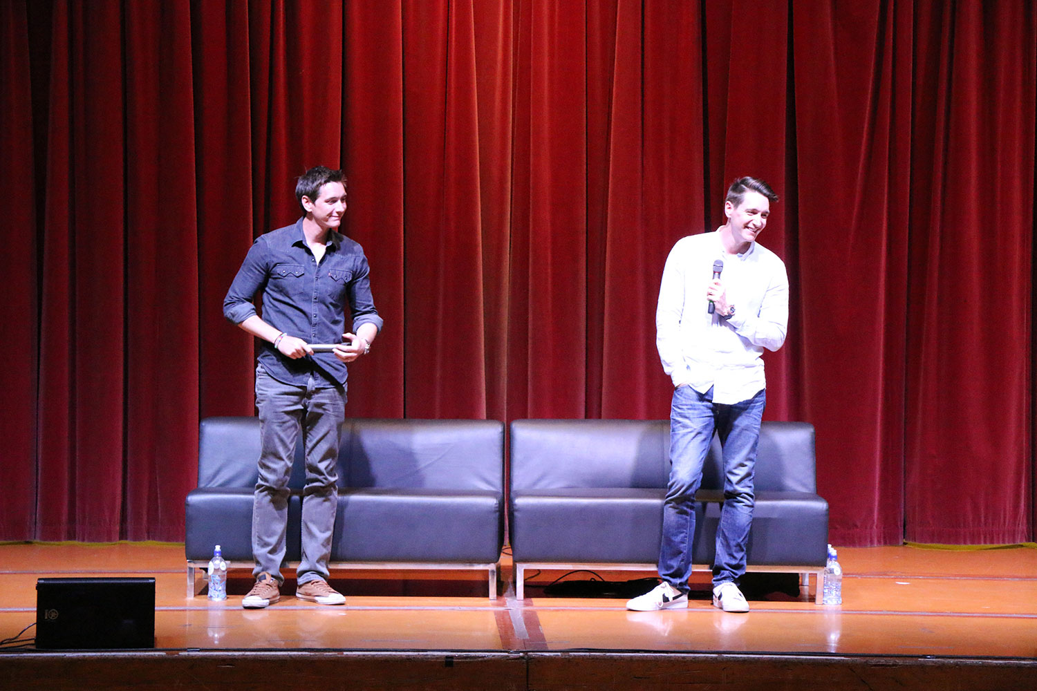 Armageddon Expo 2016 – Auckland – Oct 22 – James and Oliver Phelps Harry Potter Panel – 10 (Photo credit: Tracey Wong)