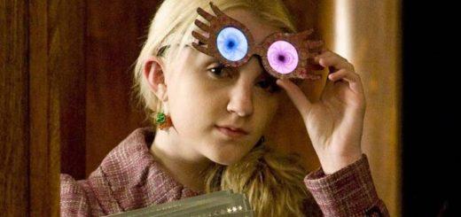 Luna Lovegood wearing her Spectraspecs