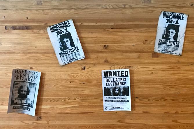 HP Starbucks Posters