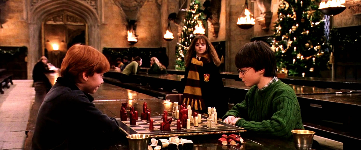 How the Weasleys Made Harry's First Christmas at Hogwarts the Best |  MuggleNet