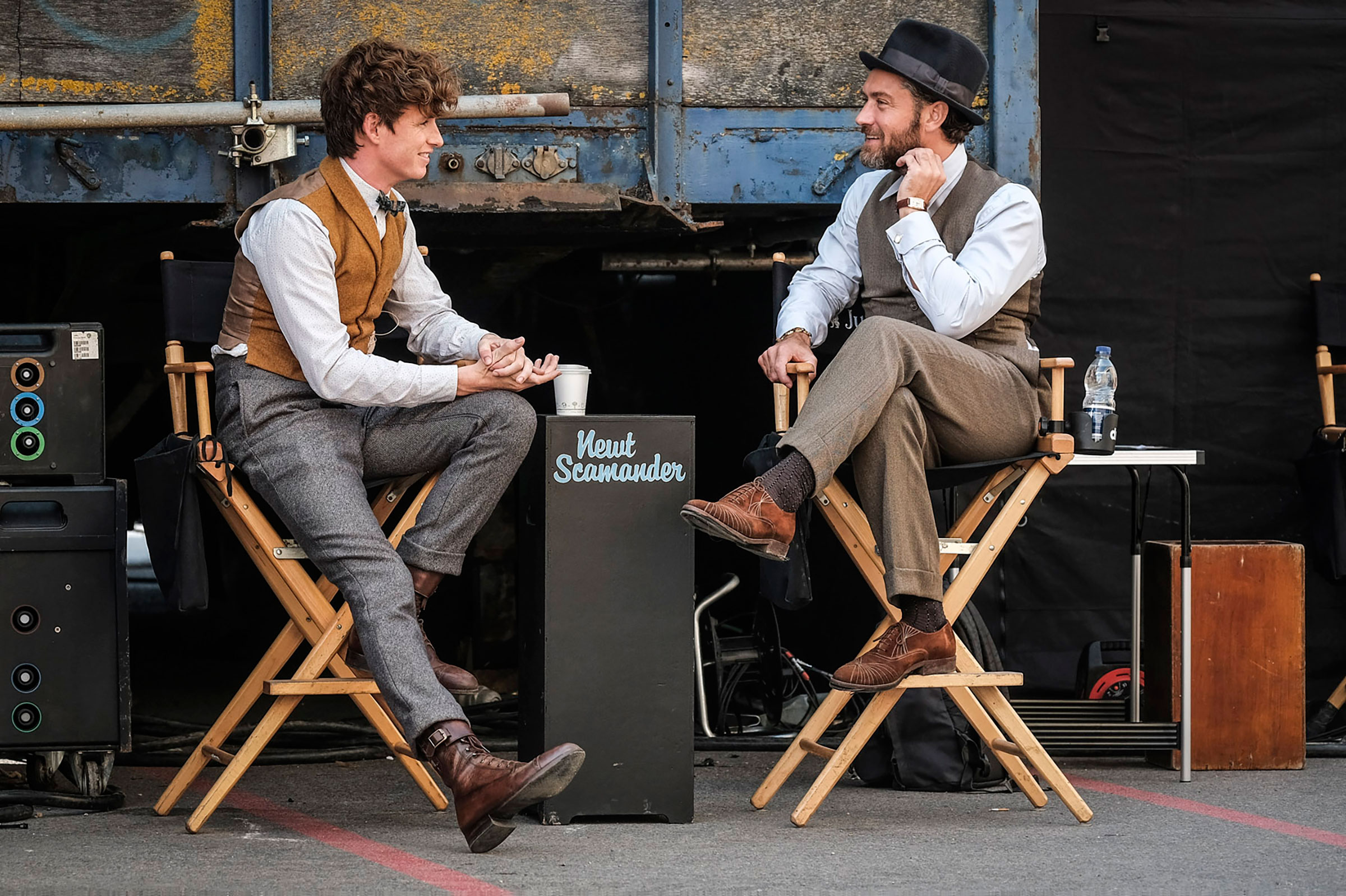 """Fantastic Beasts: The Crimes of Grindelwald"": Eddie Redmayne and Jude Law behind the scenes"