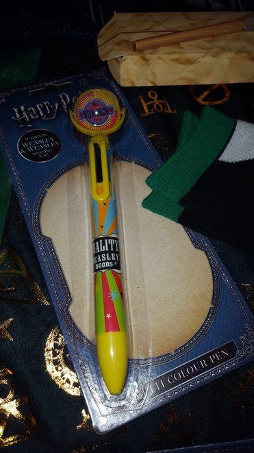 """Harry Potter"" pen, House socks, Ron's broken wand"