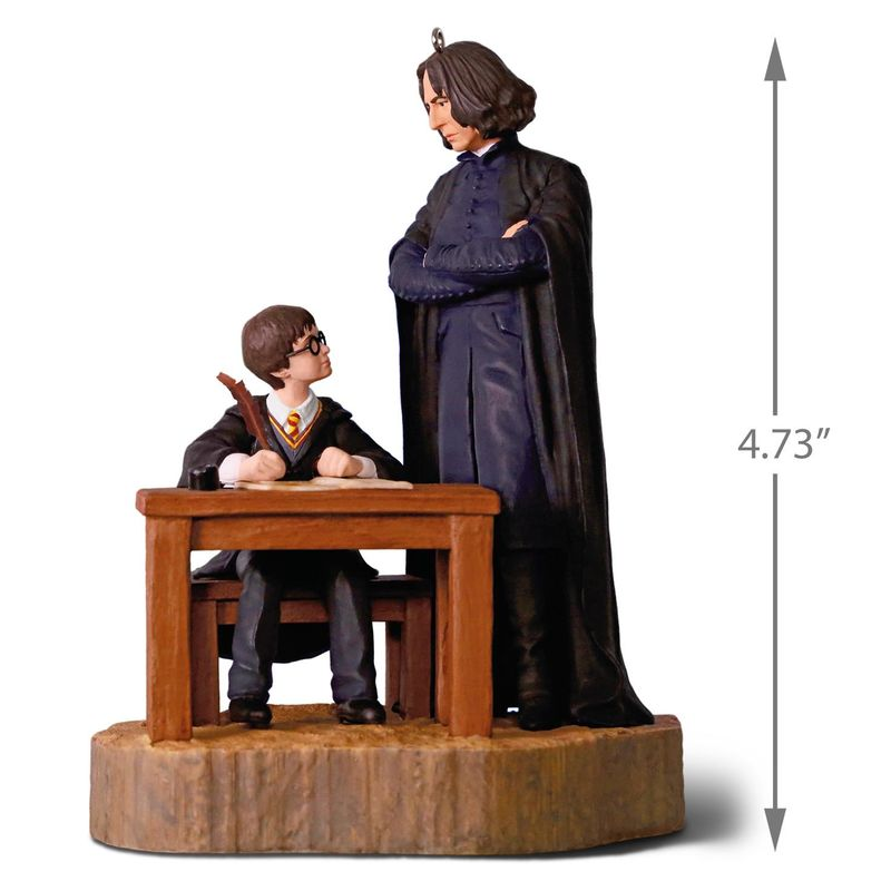 """""""Harry Potter""""™ First Impressions Ornament With Sound"""
