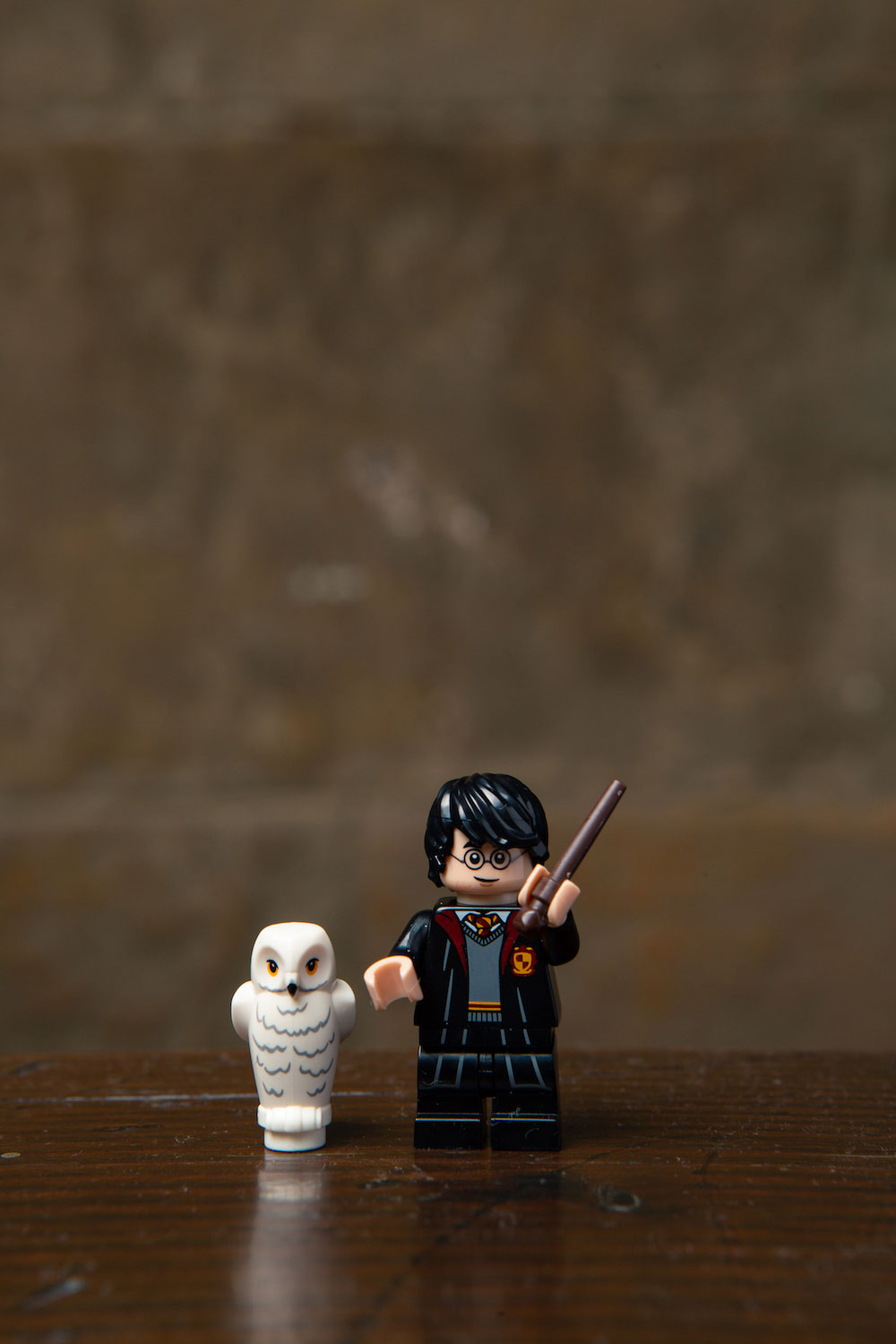 A classic Harry Potter in Gryffindor robes with a little LEGO Hedwig couldn't be left out of this new series!