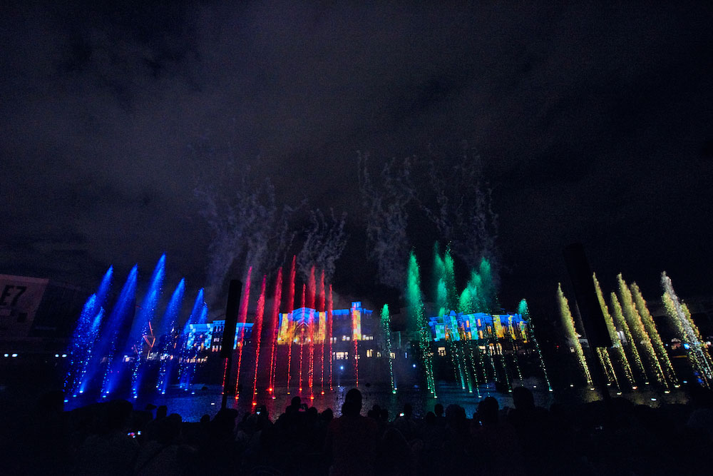 """""""Universal Orlando's Cinematic Celebration"""" will include a """"Harry Potter"""" section, involving scenes from the movies and Hogwarts House-colored lights!"""