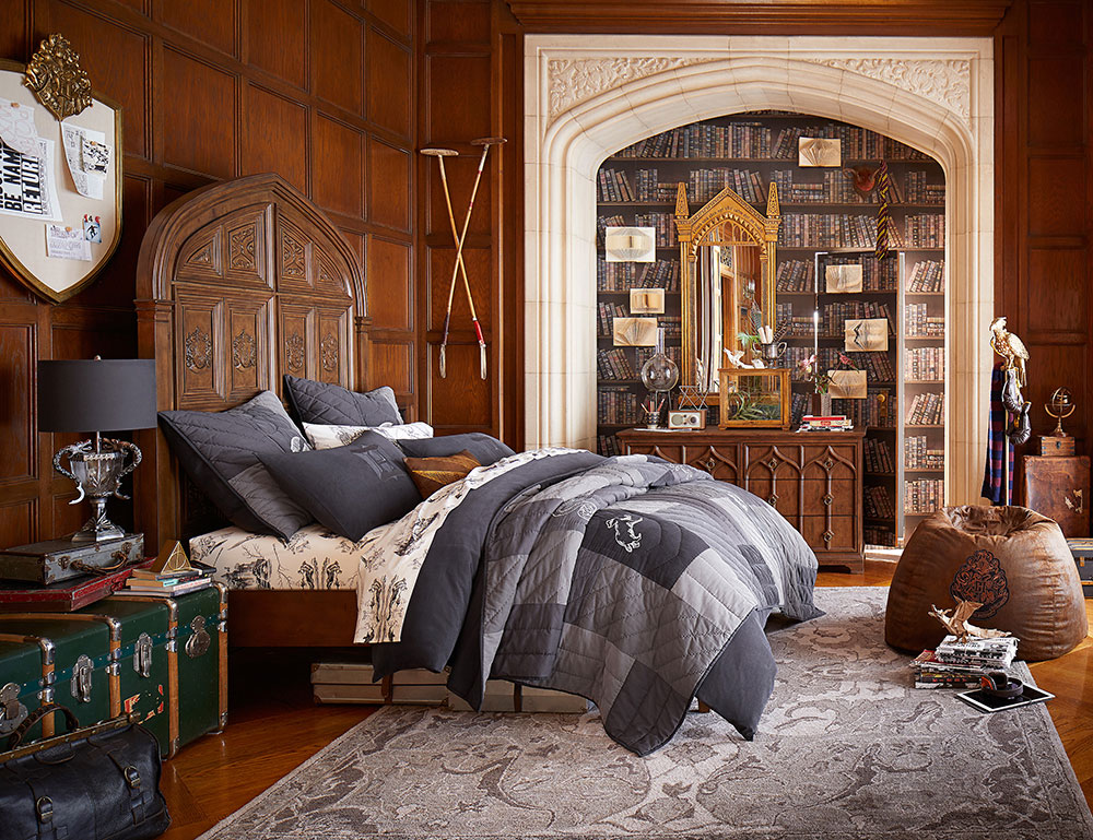 Pottery Barn boy's room