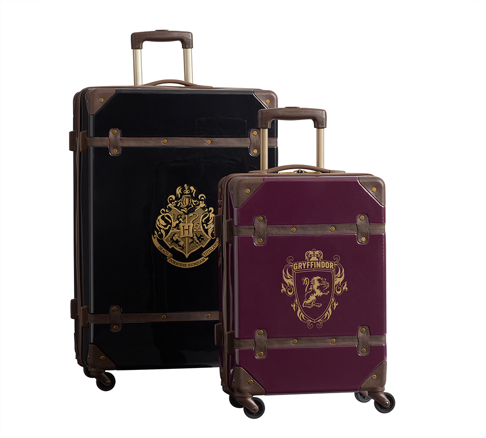 """Harry Potter"" hardside luggage Gryffindor"