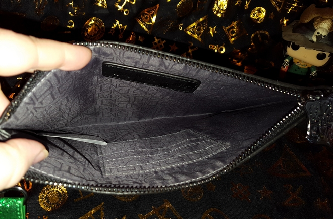 Inside the Danielle Nicole Slytherin pouch