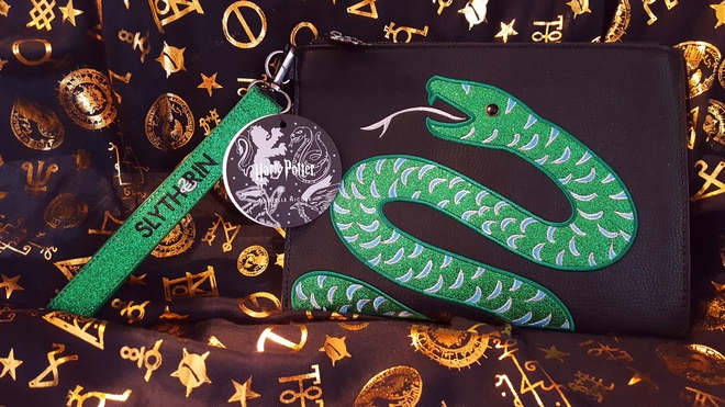 Danielle Nicole Slytherin pouch and tag