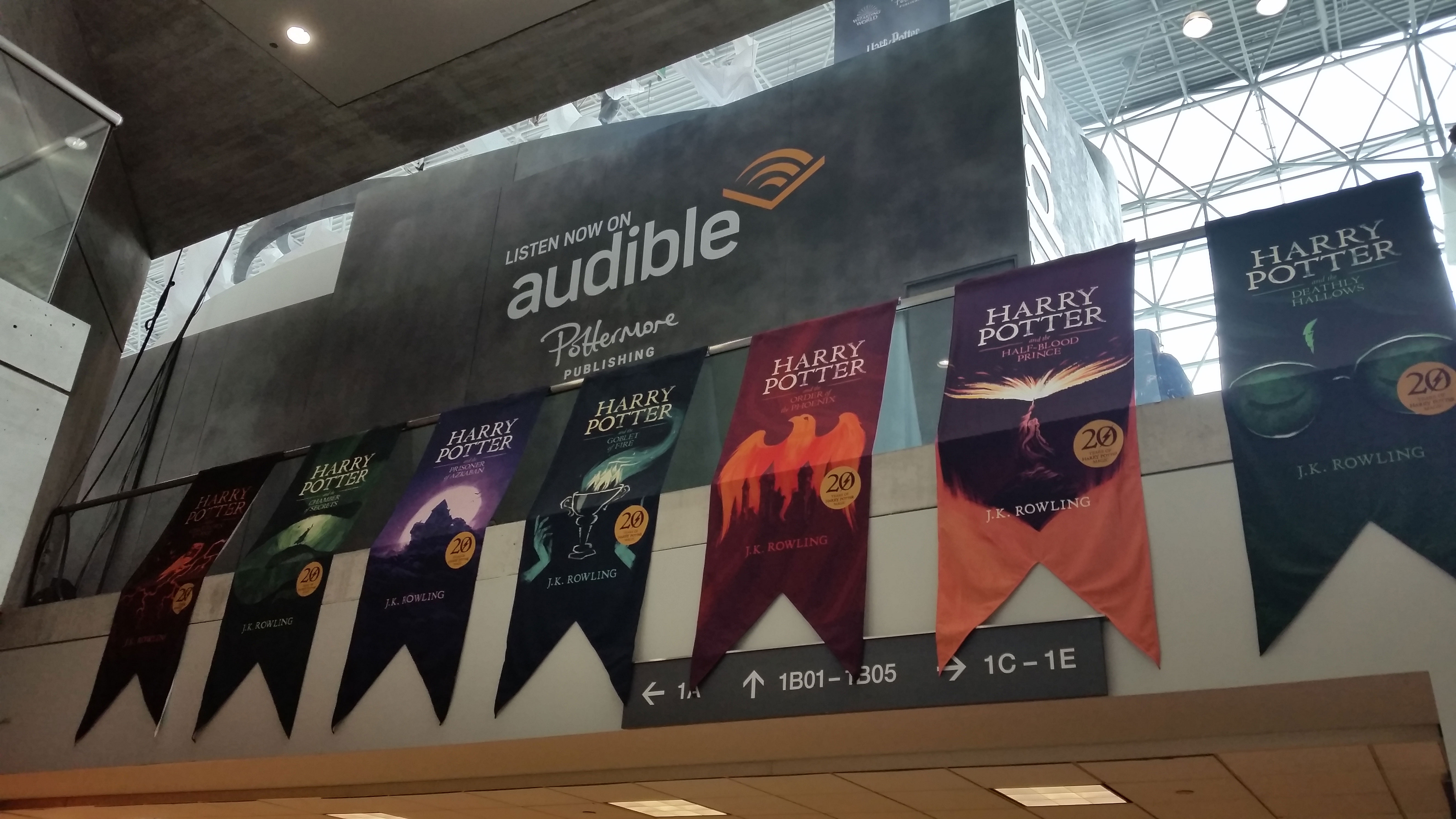 New York Comic Con (2018) – Audible Pensieve Experience book banners