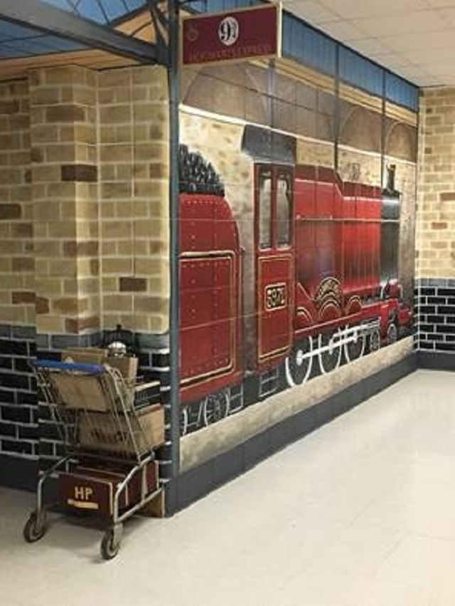 Walk right up to Parkside's Platform 9 3/4 and the Hogwarts Express.