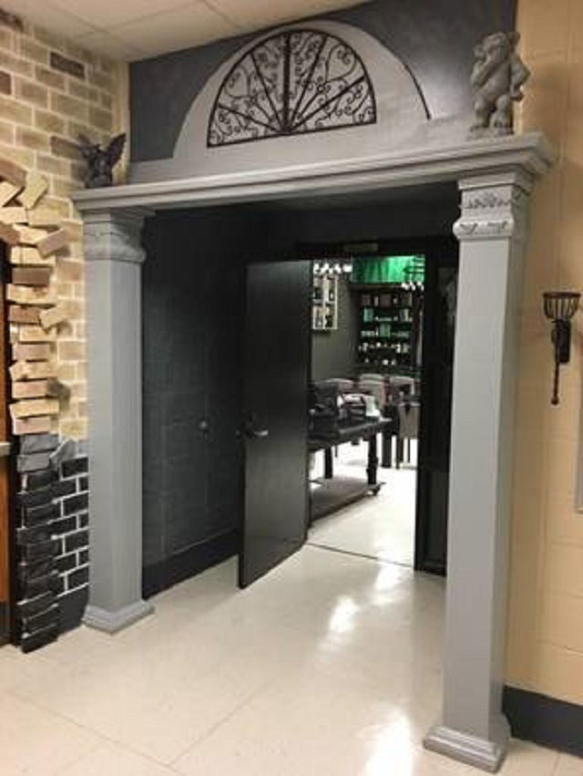 The entrance to Parkside School's Slytherin-themed classroom sits next to the Diagon Alley-themed entrance.