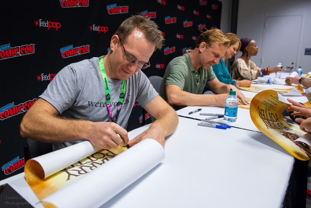 "New York Comic Con (2018) – Cast of ""Cursed Child"" signing posters"
