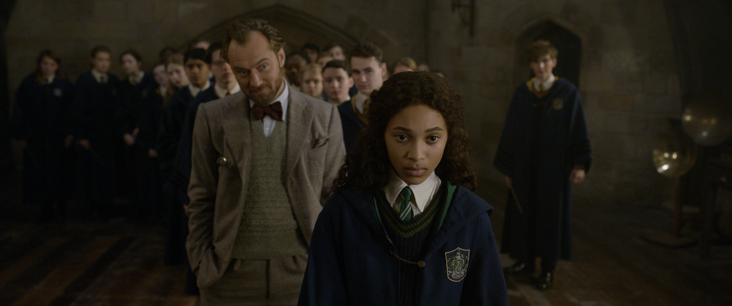 """Fantastic Beasts: The Crimes of Grindelwald"": Albus Dumbledore (Jude Law) and young Leta Lestrange (Thea Lamb)"