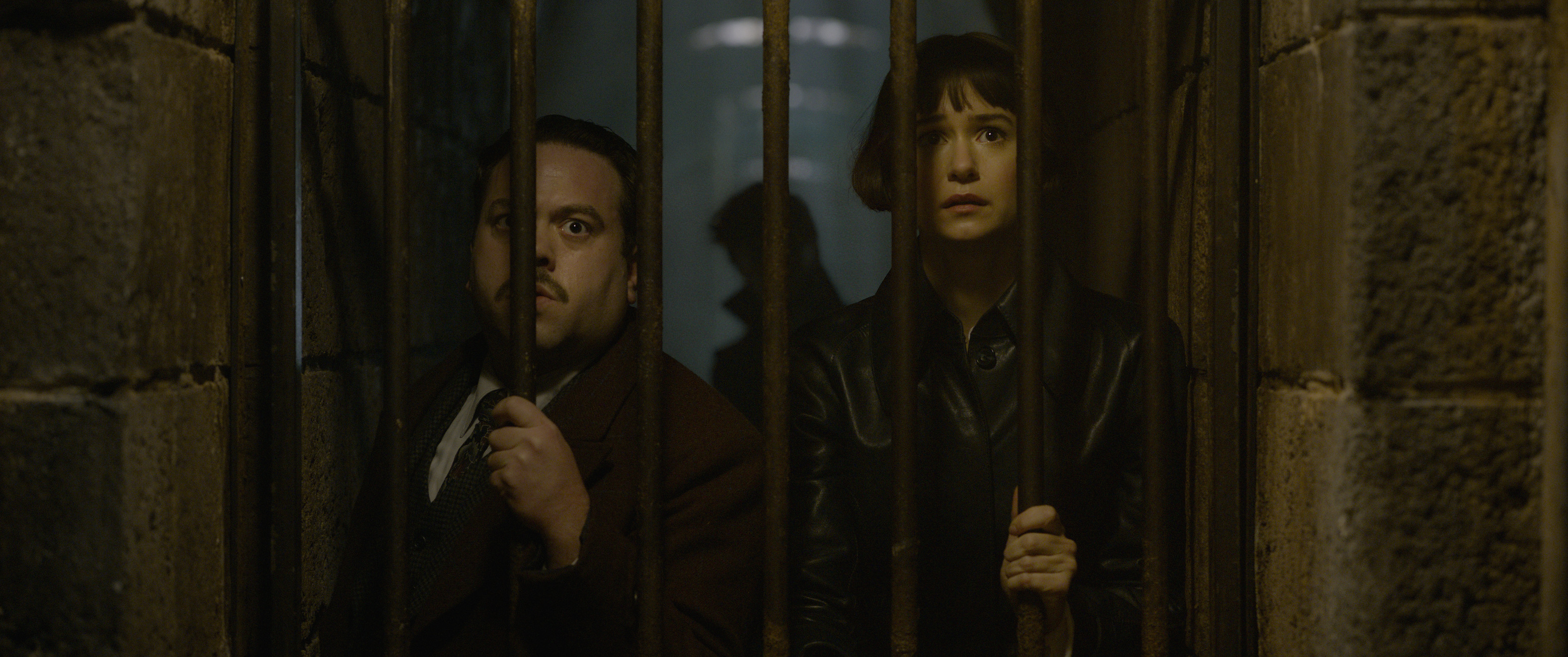 """Fantastic Beasts: The Crimes of Grindelwald"": Jacob Kowalski (Dan Fogler) and Tina Goldstein (Katherine Waterston)"