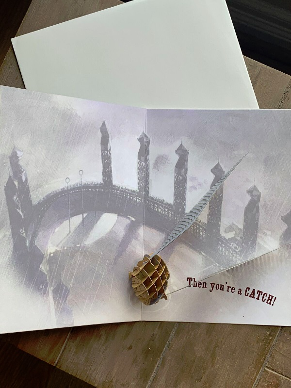 Pop-Up Golden Snitch Card from Insight Editions