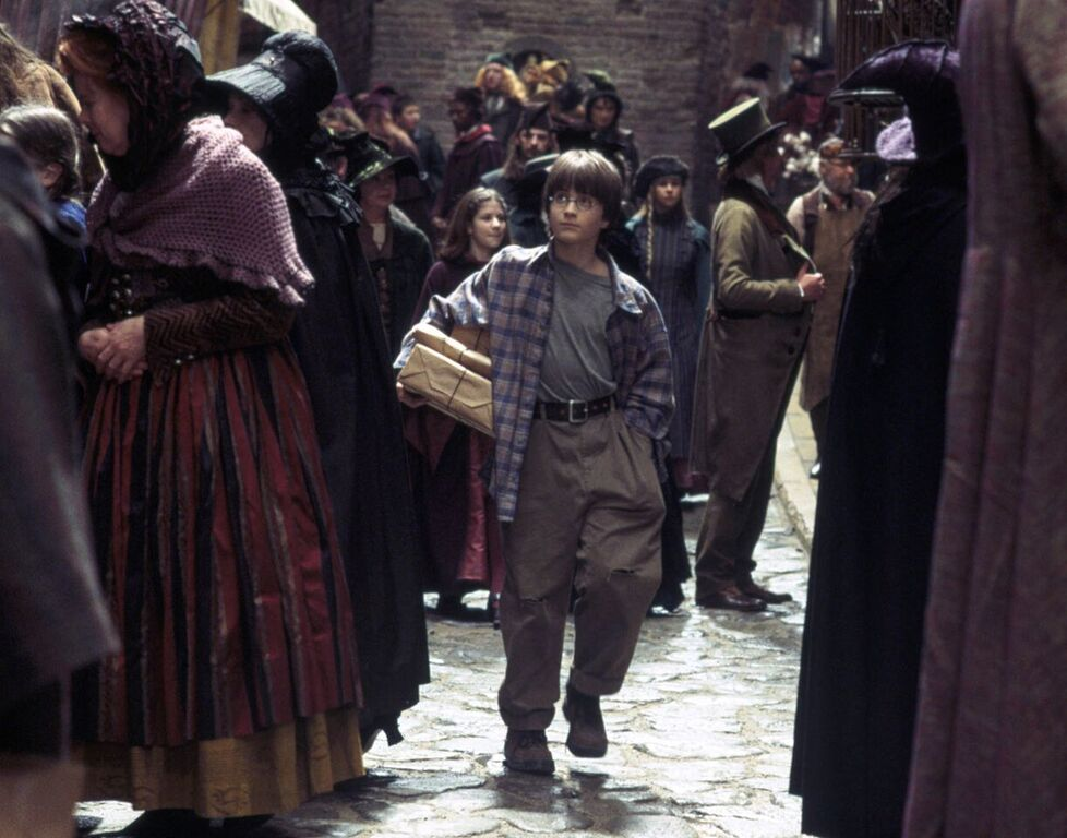 Harry makes his first visit to Diagon Alley.