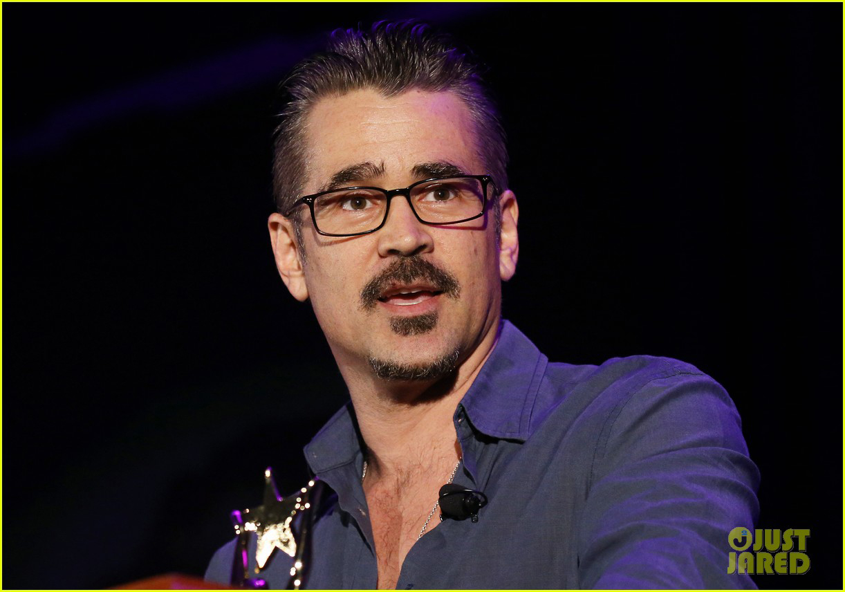 Colin Farrell delivers a speech after being presented with the Inspiration award.