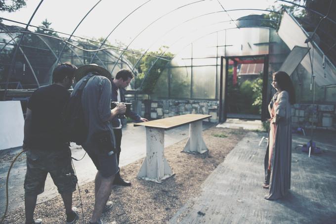 """Katherine Waterston on """"Fluidic"""" set"""