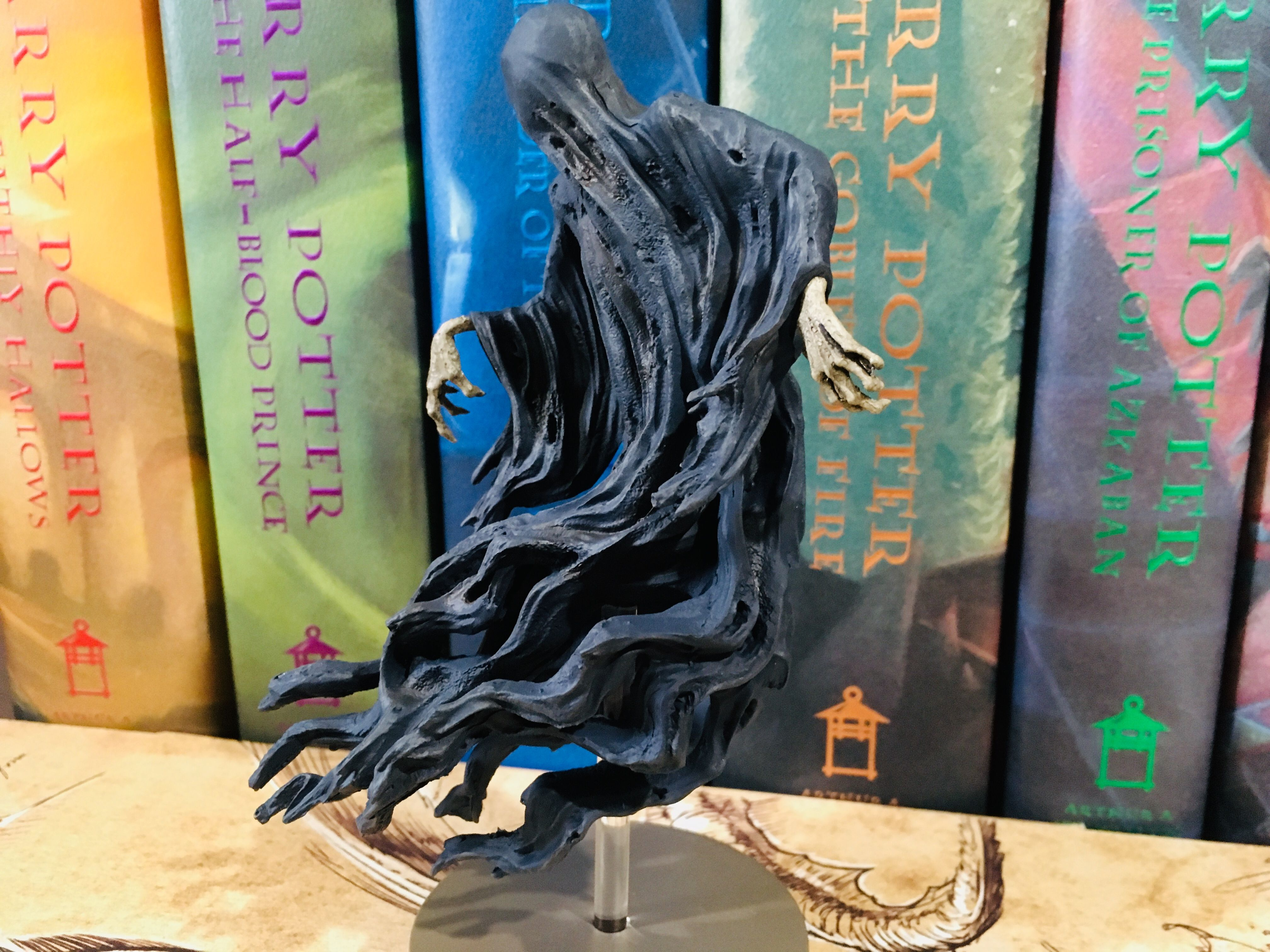 Finishing with a view from the opposite side, the Eaglemoss Dementor is wonderfully detailed from any direction.