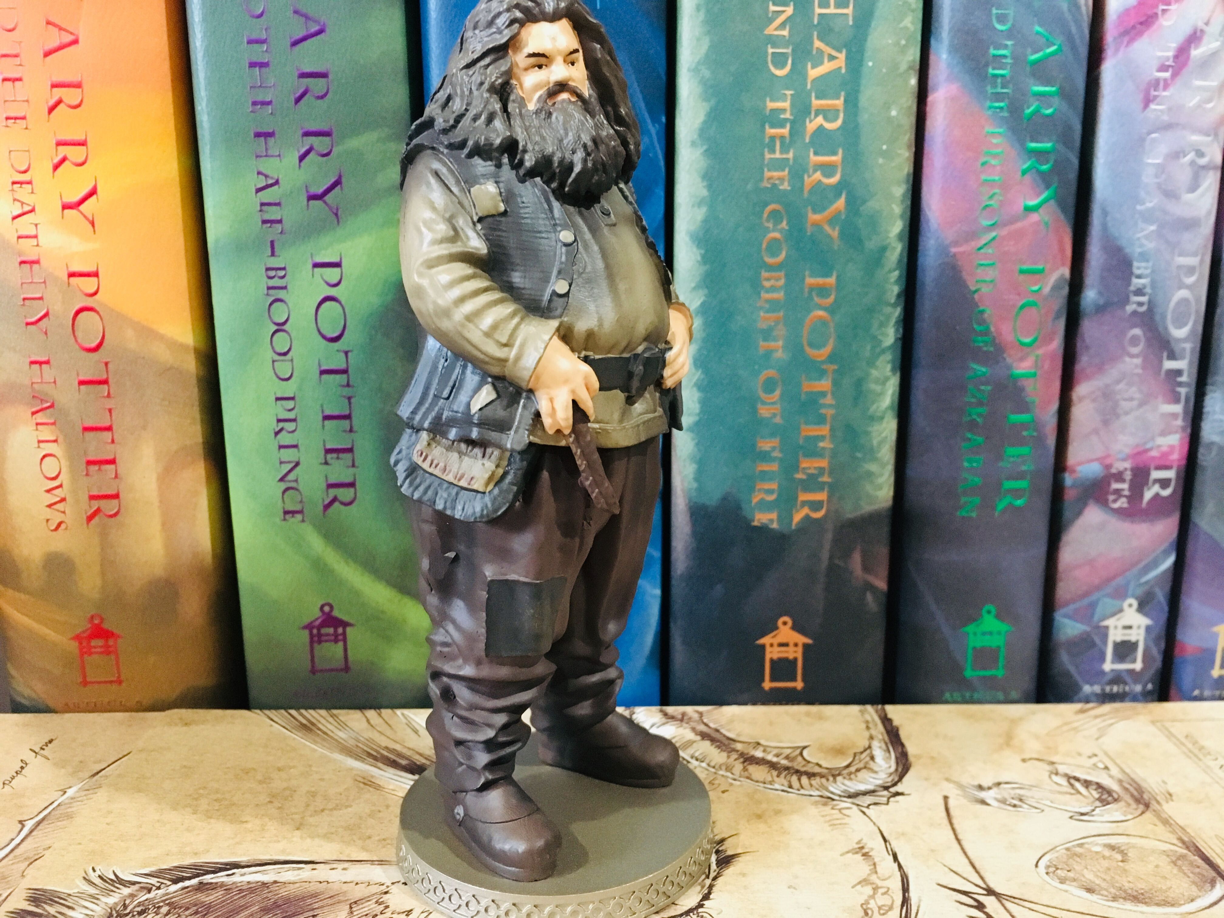 The level of detail on Hagrid is outstanding, even down to the frayed patches on his knee.