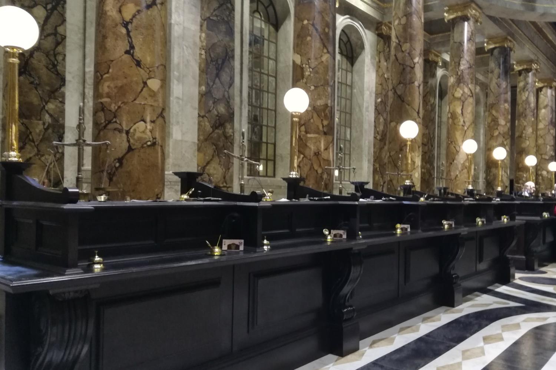 Gringotts opening at Warner Bros Studio Tour – Bank teller desks