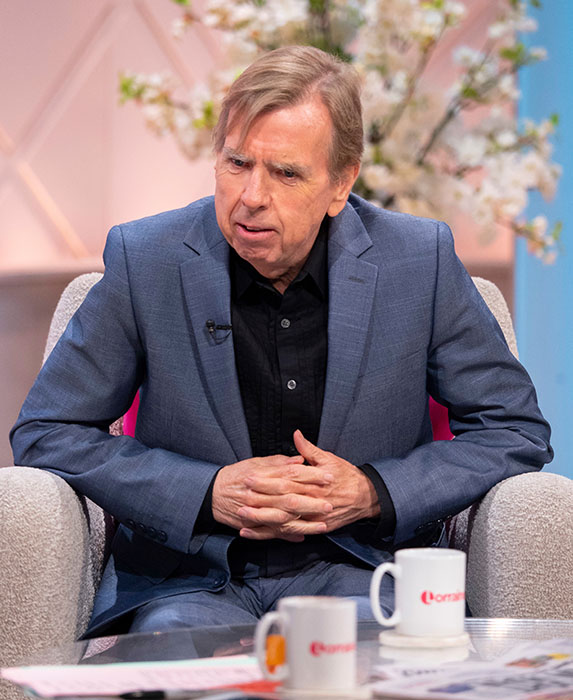 """Timothy Spall discusses his significant weight loss on British talk show """"Lorraine""""."""