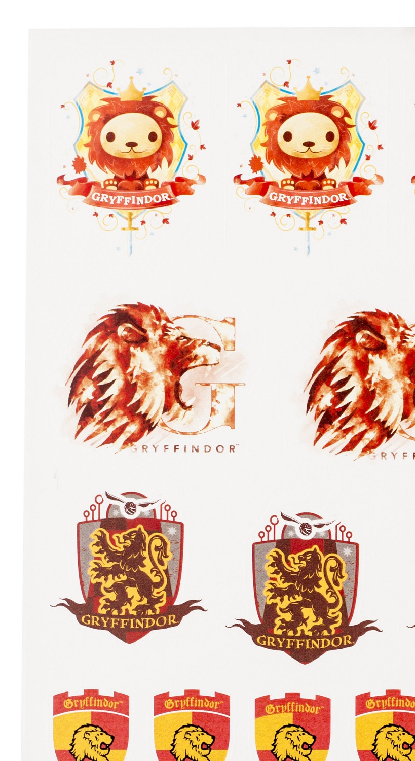 ConQuest HP Gryffindor House Sticker Set close-up baby lion crest