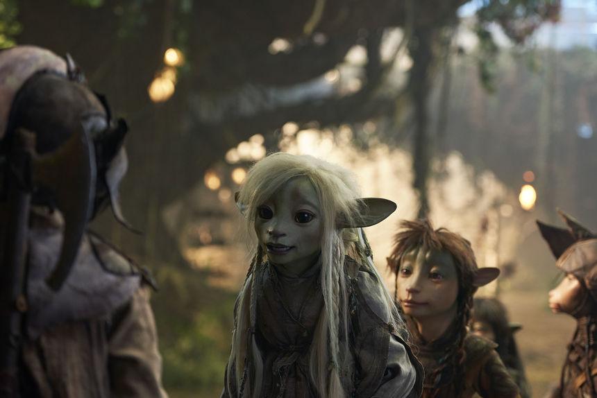 Gelfling Deet, voiced by Nathalie Emmanuel
