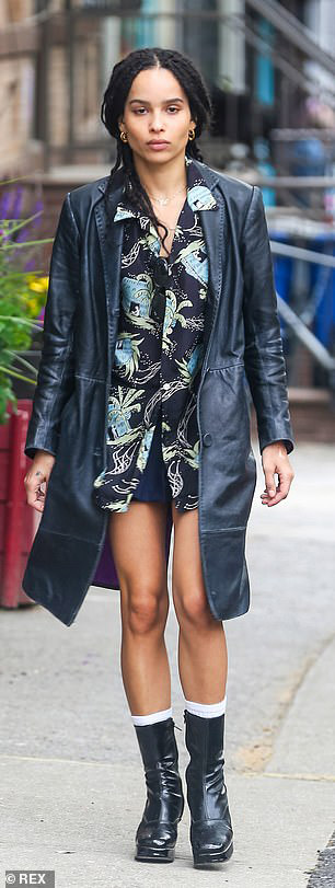 """Zoë Kravitz is looking fashionable during filming for """"High Fidelity""""."""