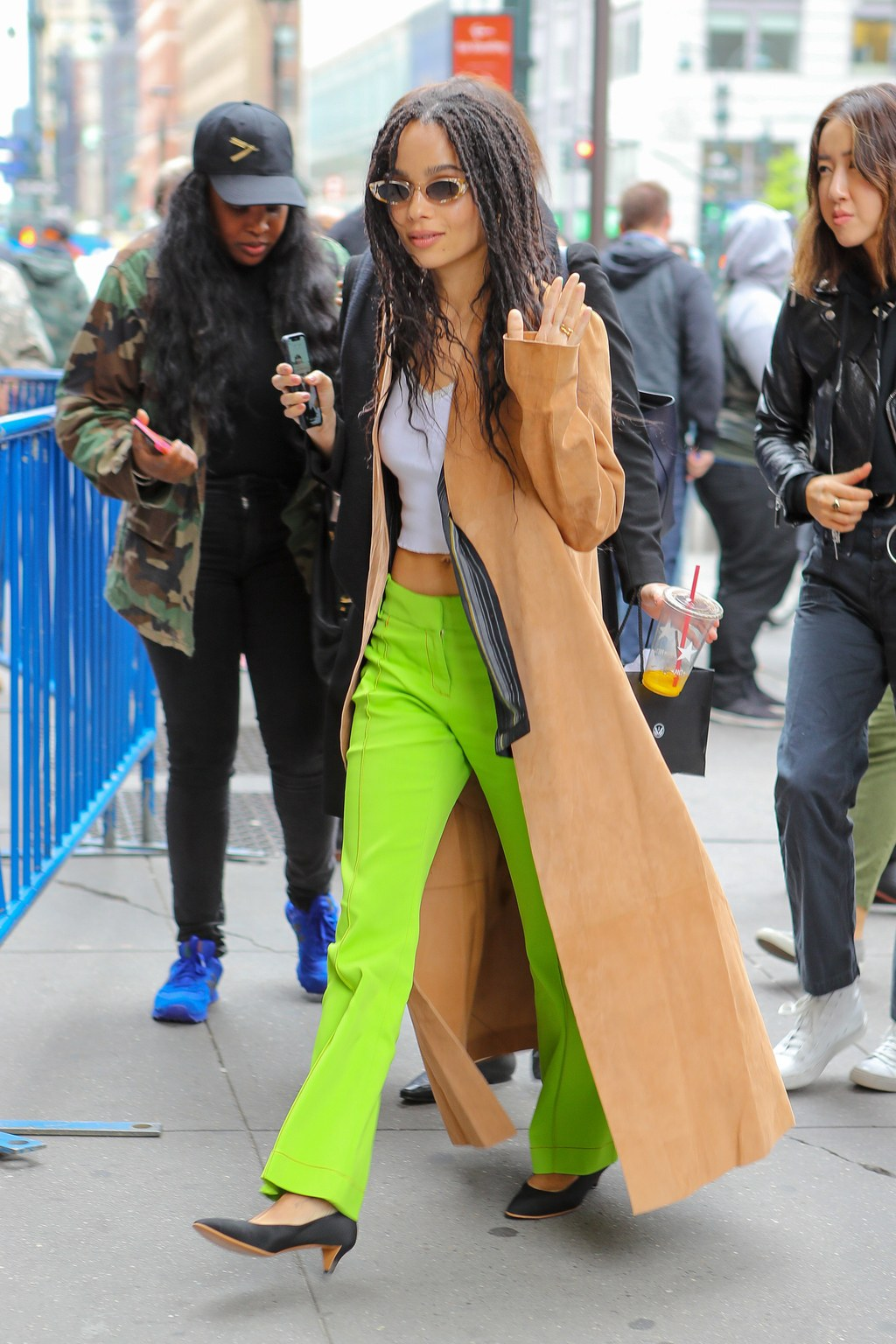 Zoë Kravitz waves to the camera before entering the Hulu Upfronts Convention.