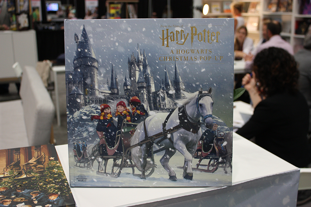 "Cover of ""A Hogwarts Christmas Pop-Up"""