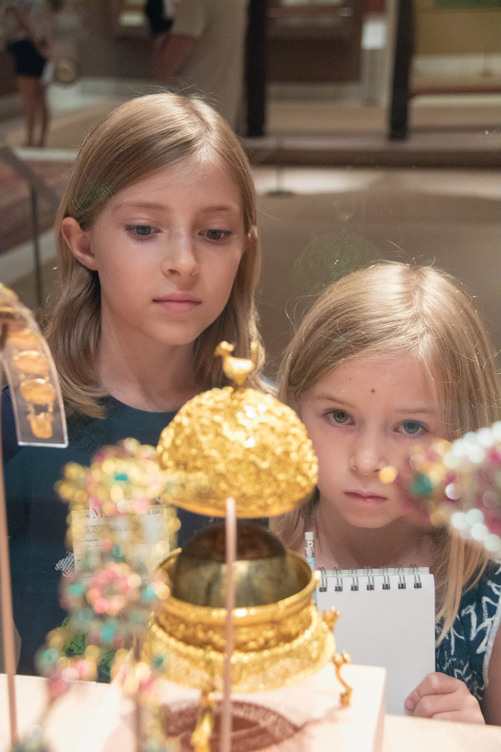 "The Met ""Harry Potter""-inspired tour ""Griffins, Goblets and Gold"" by fable & lark; Photo credit Janette Pellegrini"