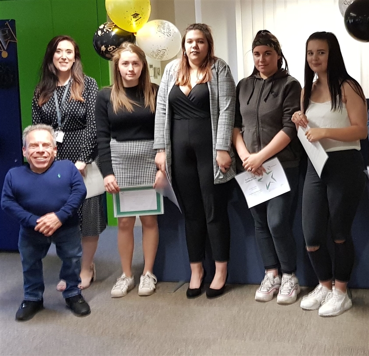 Warwick Davis with Nacro Education Spalding child care students