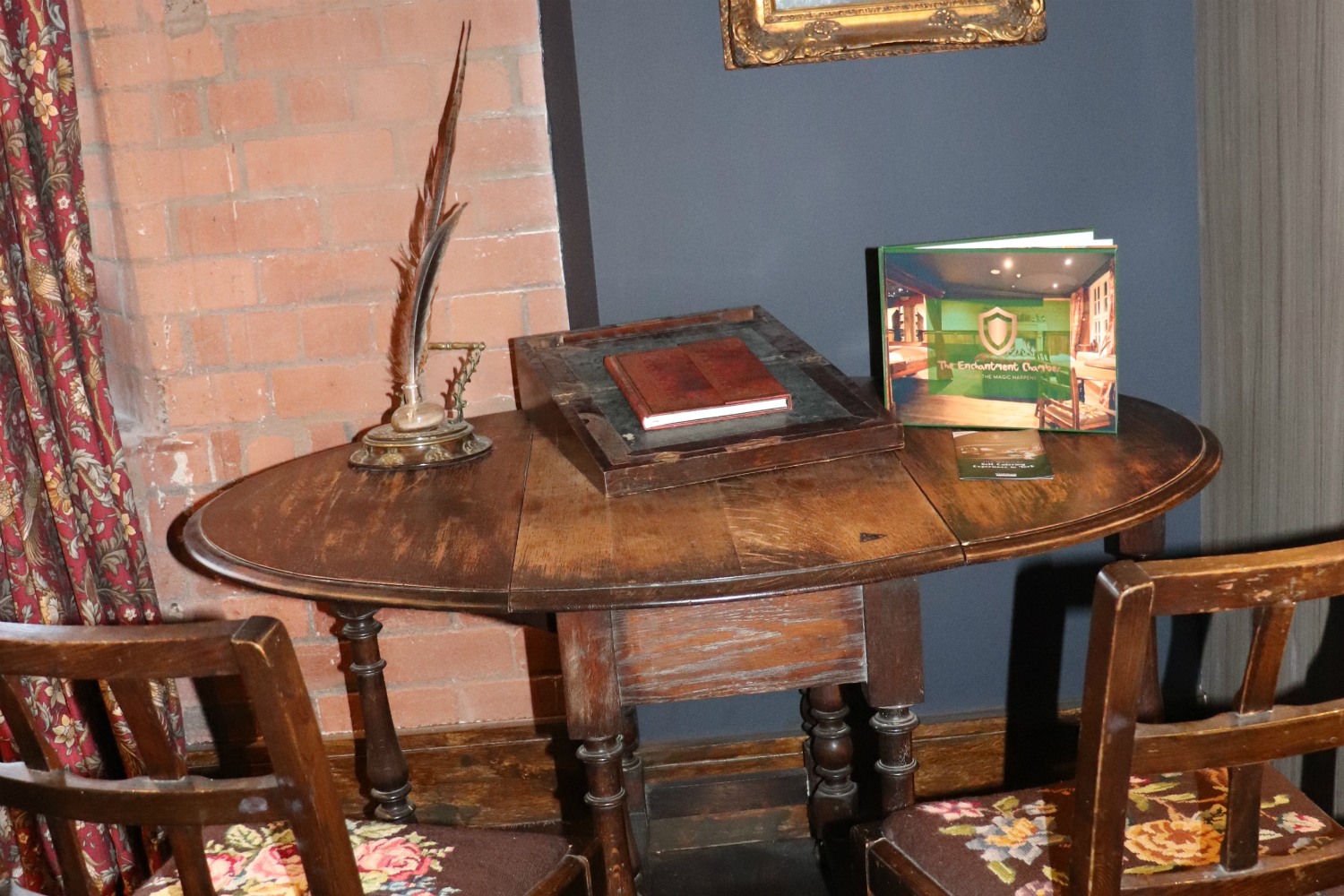 Enchantment Chamber writing desk