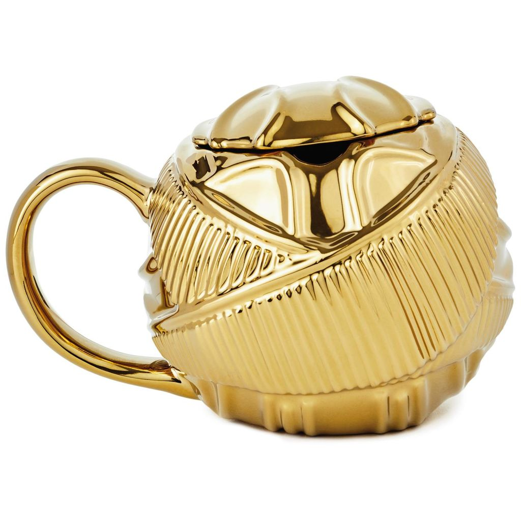 Harry Potter Golden Snitch Coffee Mug front view, with lid showing wings wrapped around