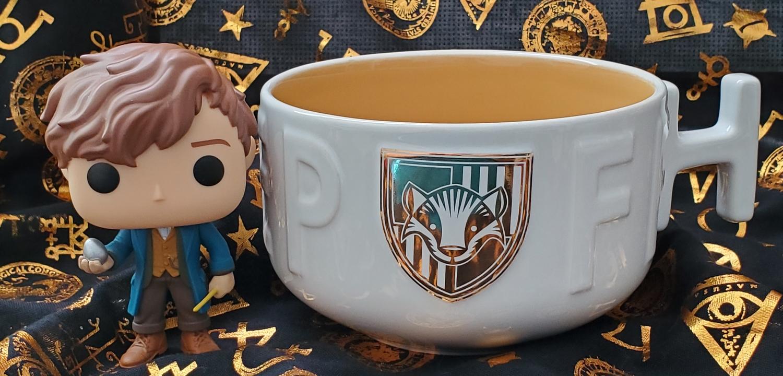 Harry Potter Soup Mug from Hallmark Gold Crown – Hufflepuff, featuring Newt Scamander Funko POP!