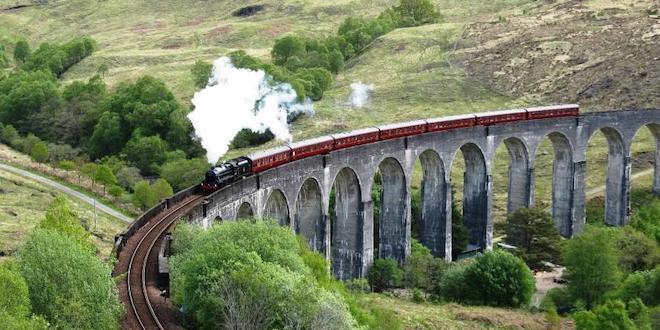 Hogwarts Express Glenfinnan Viaduct