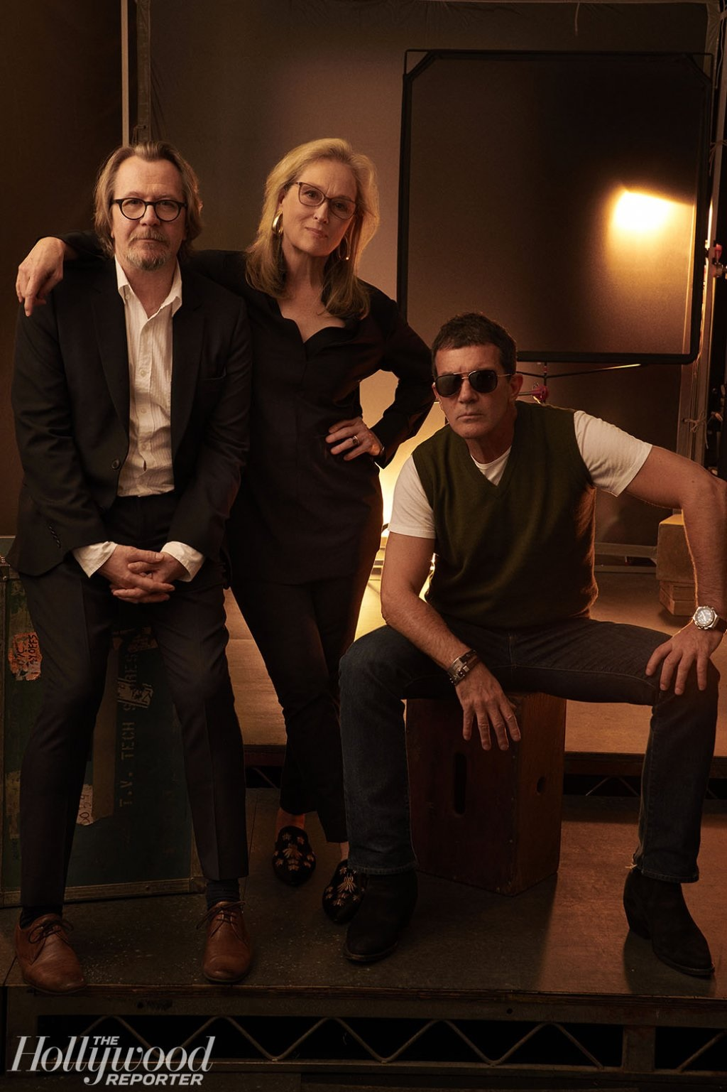 "Gary Oldman and ""The Laundromat"" costars Meryl Streep and Antonio Banderas pose for a beautiful portrait at the Toronto International Film Festival."