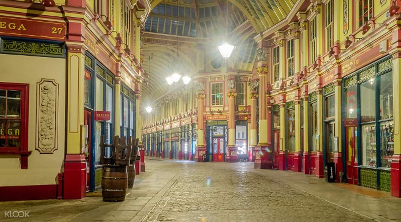 """Harry Potter"" film locations walking tour shops"