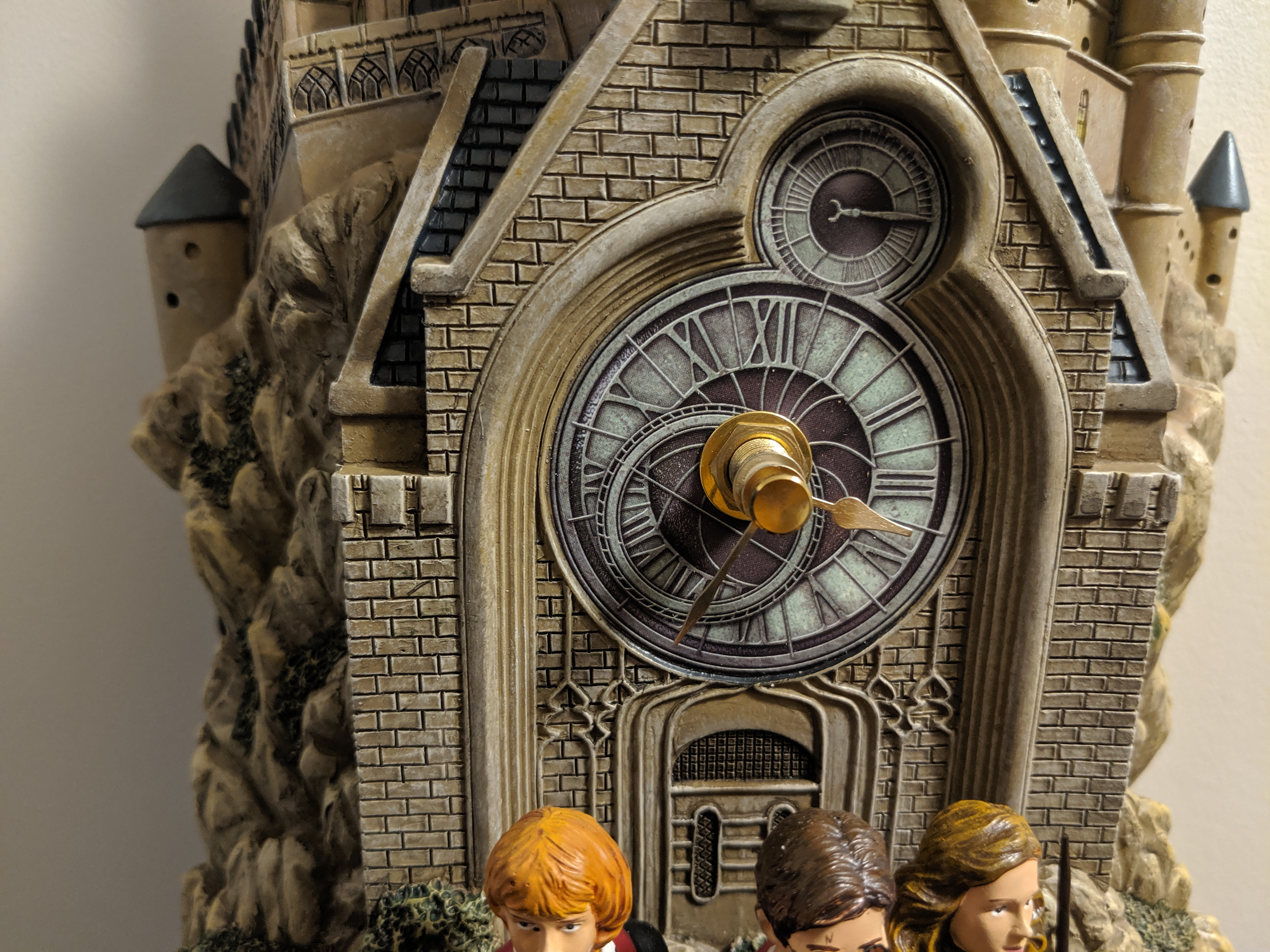 The working clock made to look like the Hogwarts clock tower
