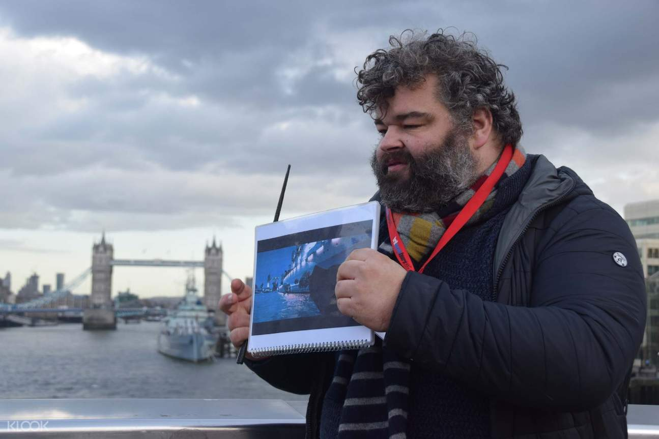 """Klook Experience – """"Harry Potter"""" London tour flying over Thames film location"""